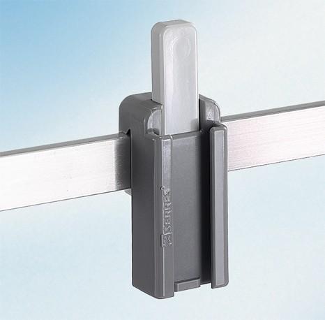 Schienenklammer für Geräteträger / Kunststoff