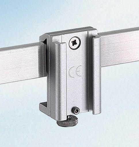 Schienenklammer für Geräteträger / Metall